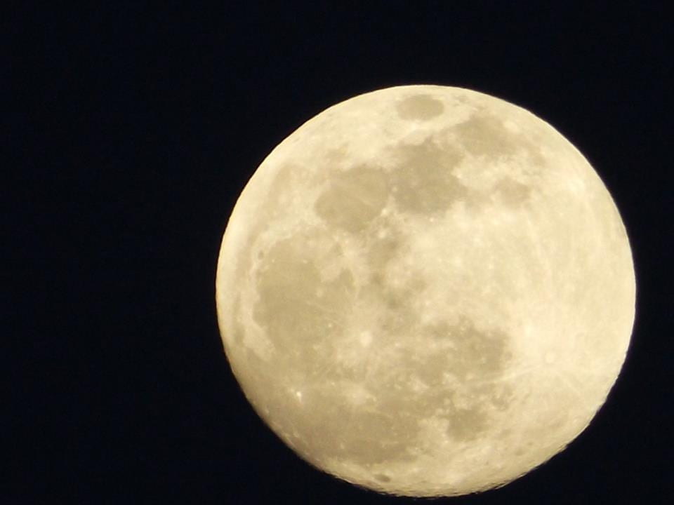 One Moon | AlanzosBlog – Critical Thinking on Cults & AntiCults